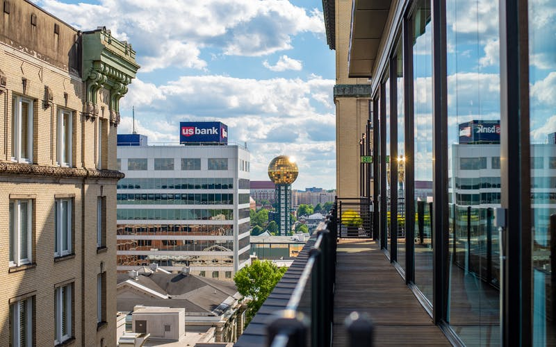 5 Fave Rooftop Bars in Knoxville