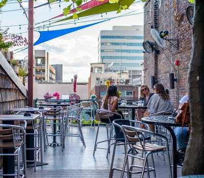 5 Fave Rooftop Bars in Knoxville Multi Images