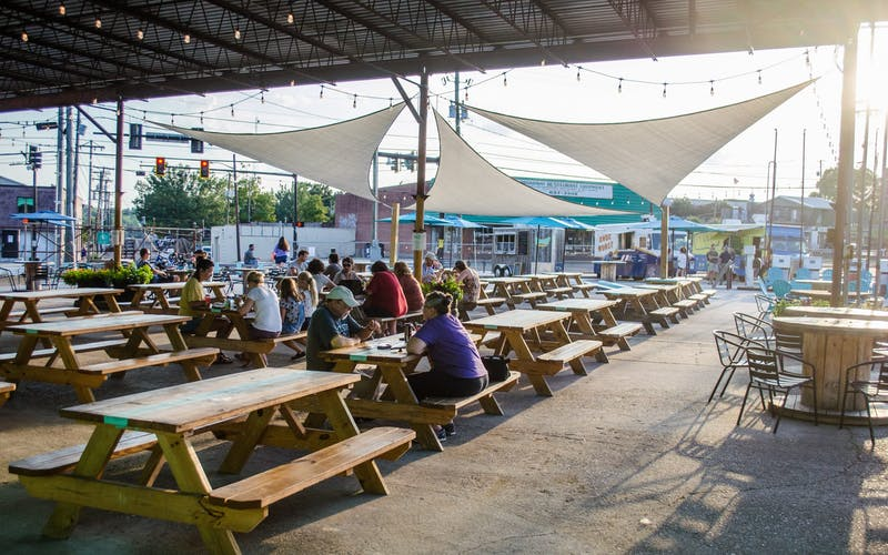 5 Must-Try Food Truck Parks