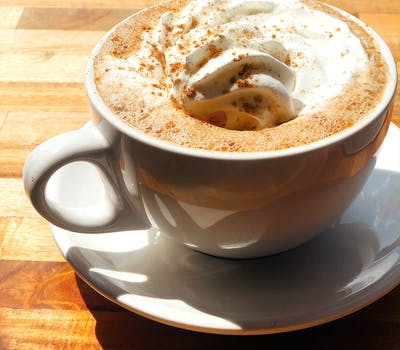 5 Must-Try Fall Drinks in Knoxville Multi Images